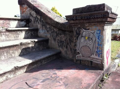 Boundary Street Stair Owl - West End - {photo: alicia camenzuli}